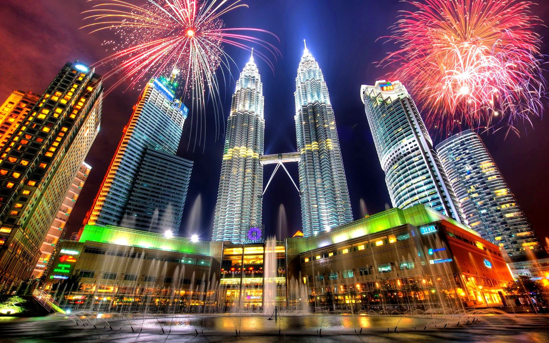Malaysia 3 star New Year Holiday Travel and Tour Package