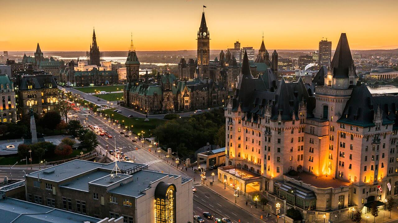 Ottawa Holiday Travel and Tour Package
