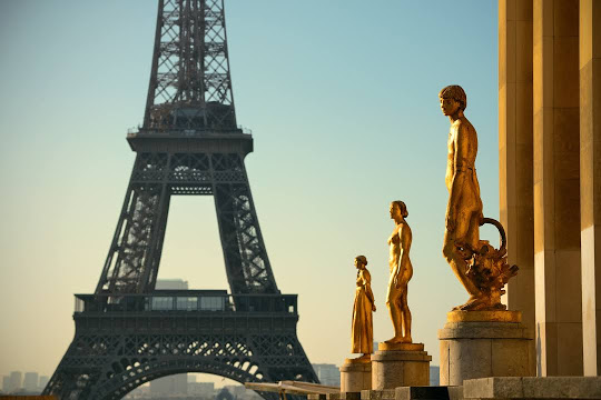 Spend EID UL AZHA in Paris Holiday Travel and Tour Package