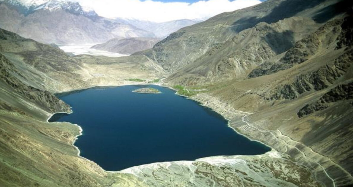Explore Springs of Hunza & Skardu Holiday Travel and Tour Package
