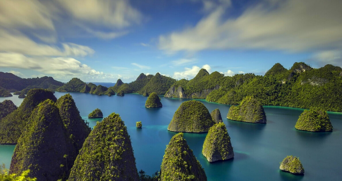 3 Star Indonesia New Year Holiday Travel & Tour Package