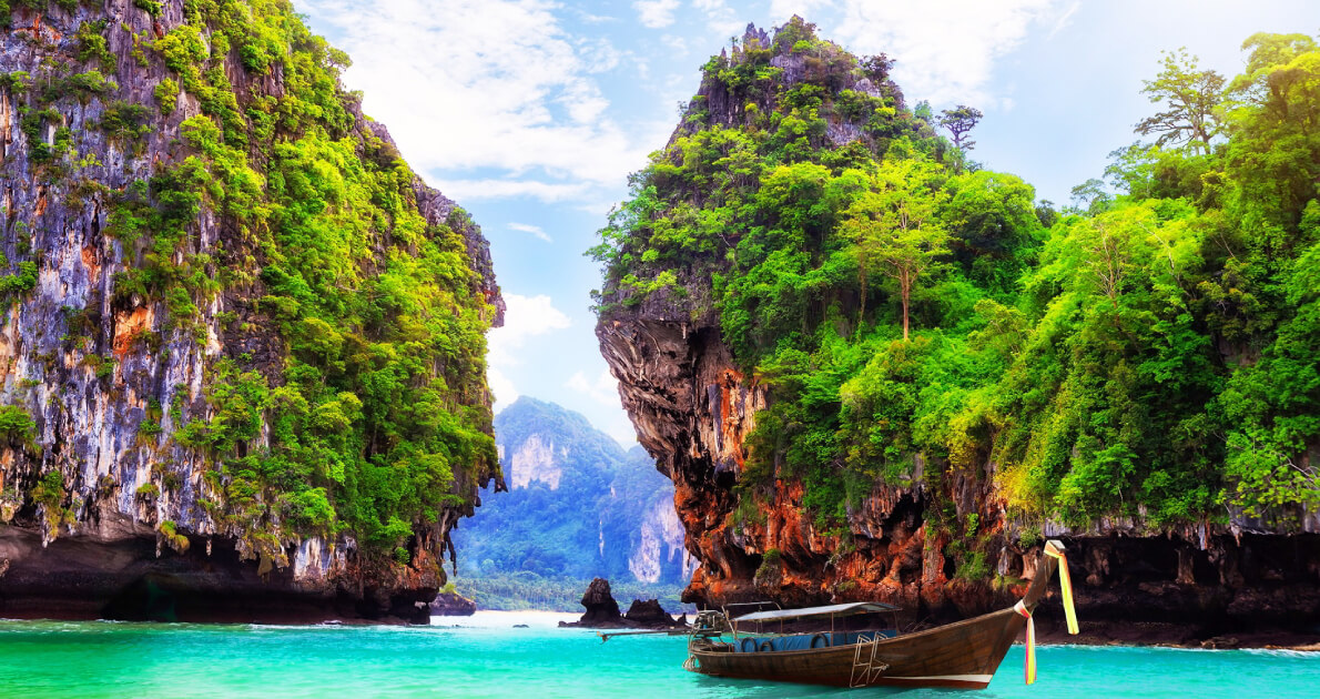 04 Days Thailand New Year Holiday Travel & Tour Package