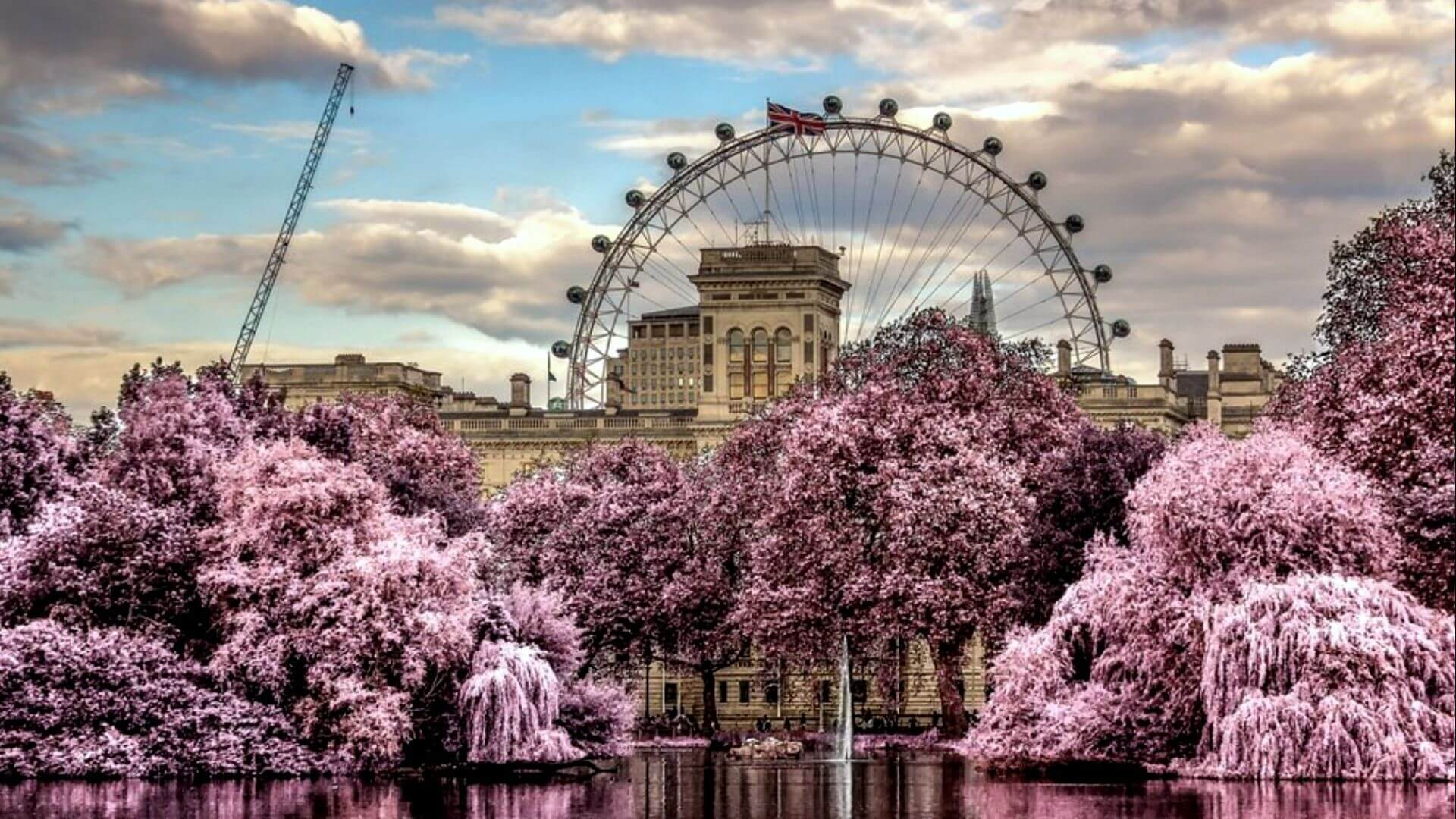 UK Luxurious Holiday Travel and Tour Package
