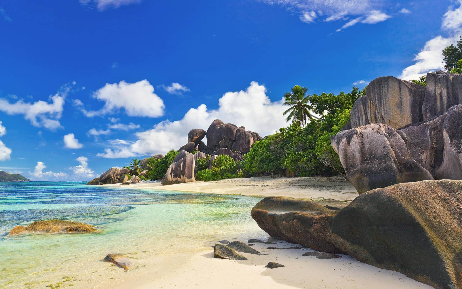 Honeymoon In SEYCHELLES Holiday Travel & Tour Package
