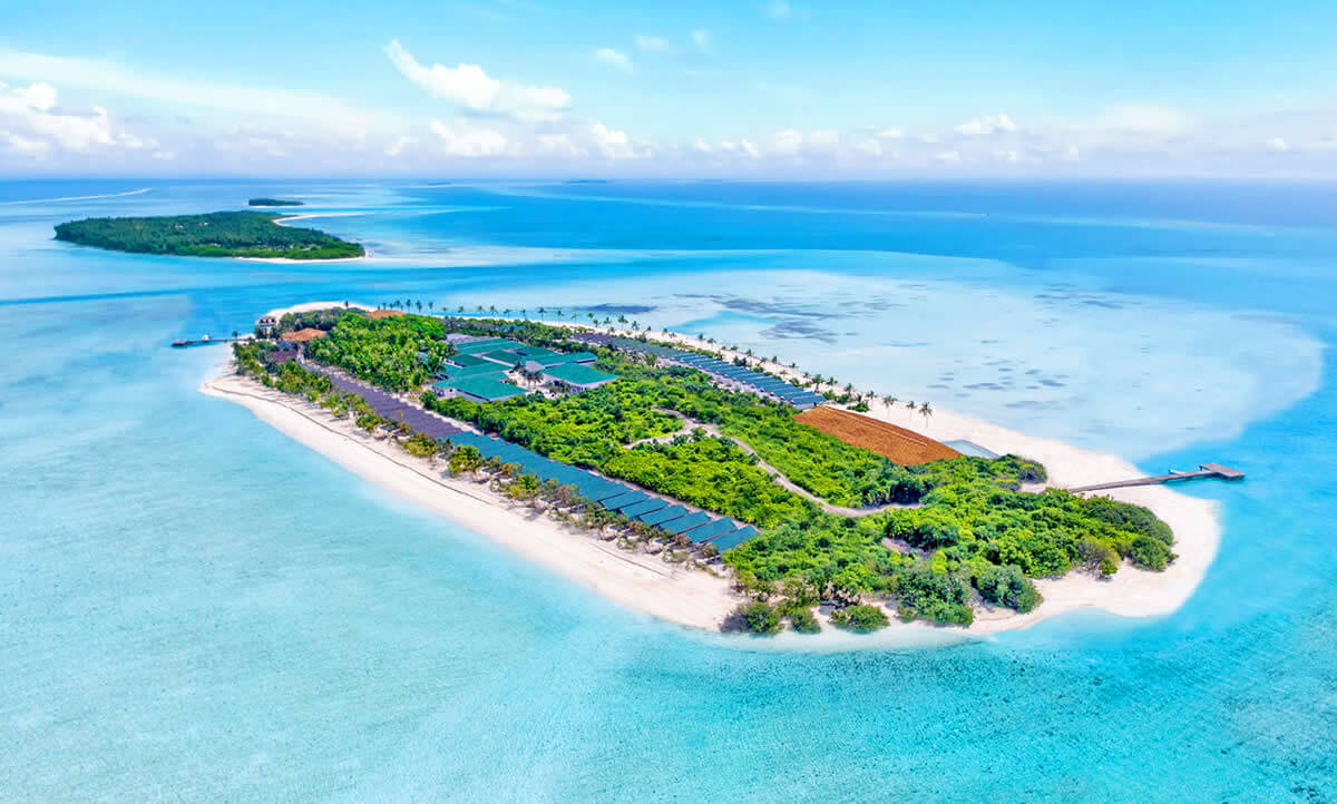Summer Season in Innahura Island Maldive Holiday Travel & Tour Package